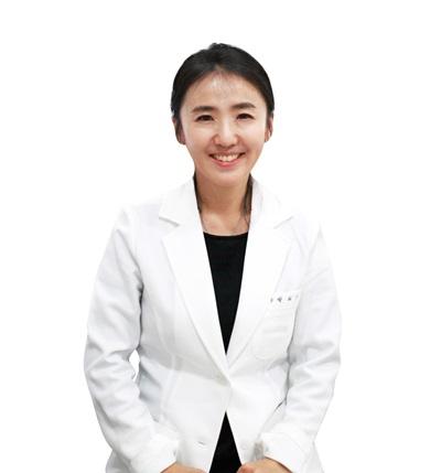 16회차_청담_박혜진_백내장_국민일보(180918).jpg