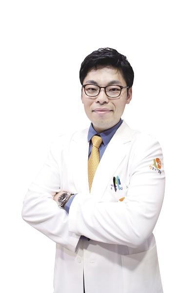 38회차_의정부_김도근_척추관협착증_한국경제TV(181127).jpg