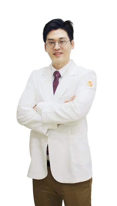 27회차_노원_김한_척추전방전위증(200728).jpg